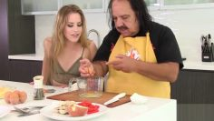 CUMKITCHEN: Omelet You Fuck Ron Jeremy