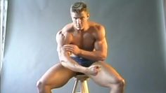Charlie Muscle Worship Part 1